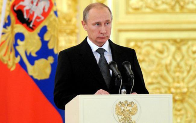 """Путін закликав зробити все можливе, щоб не допустити в Росії """"кольорових революцій"""""""