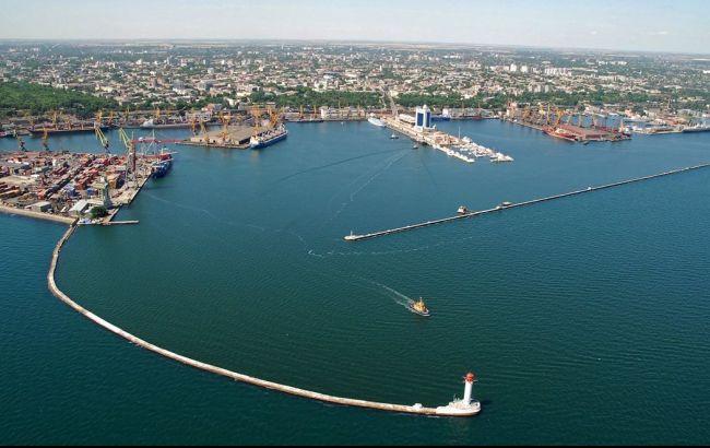 Найбільші портові оператори готові інвестувати в Україну мільярди доларів, - Омелян
