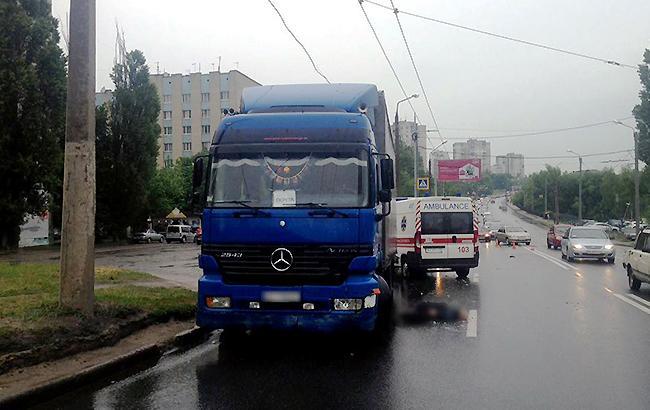 Фото: ДТП у Харкові (facebook.com/police.kharkov)