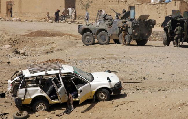 Фото: в Афганистане от взрыва бомбы погибли мирные жители