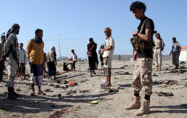 ВЙемене жертвами террориста-смертника стали 30 военных