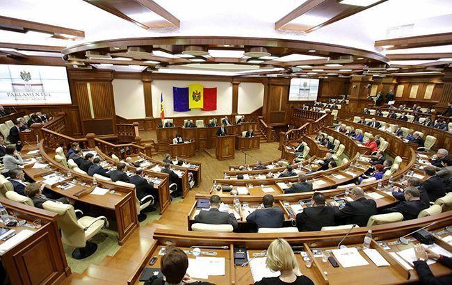 Парламент Молдовы утвердил новое правительство