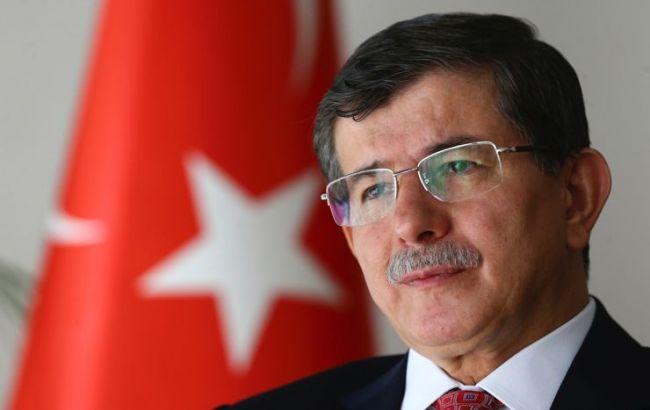 Прем'єр Туреччини закликав створити канал військового зв'язку з Росією