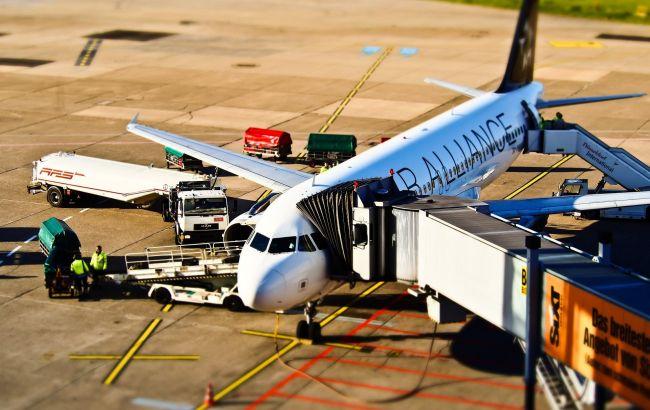 Новые правила и платные услуги: что изменилось для пассажиров авиалиний этой осенью
