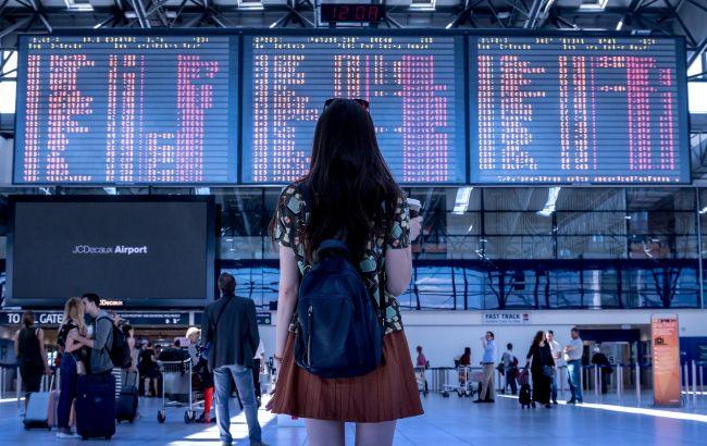 Напівпорожній літак: блогер розповіла про переліт під час карантину