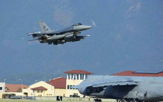 Фото: Россия нанесла авиудар по базе, которую США использует в Сирии