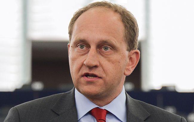 Ніхто не готовий воювати з РФ, щоб повернути Крим Україні, - заступник голови Європарламенту