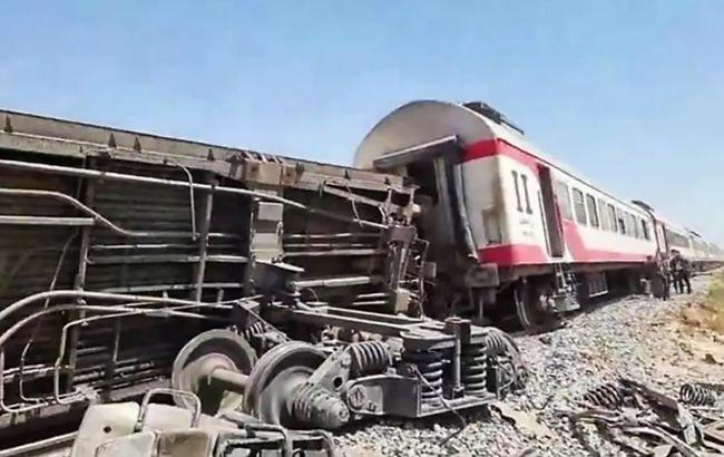 Названа причина столкновения пассажирских поездов в Египте