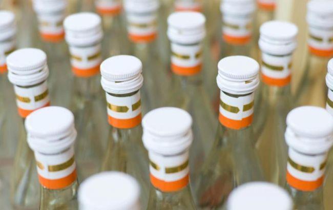 Фото: в Украине растет число жертв фальсифицированного алкоголя
