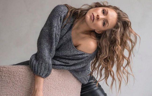 Мало ли, что ждет вечером: Алена Шоптенко рассказала, что всегда есть в ее косметичке