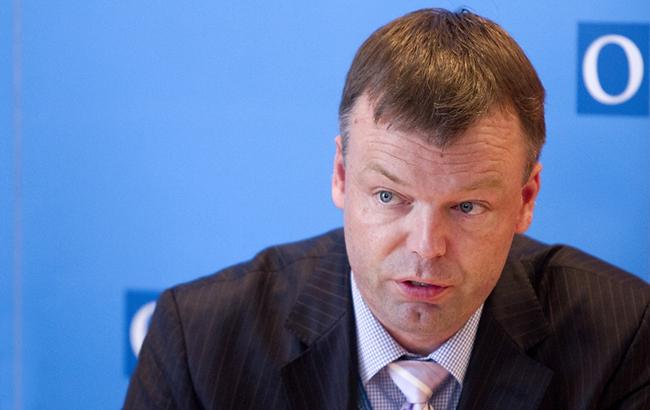 Сторони конфлікту на Донбасі продовжують обмежувати роботу місії ОБСЄ, - Хуг