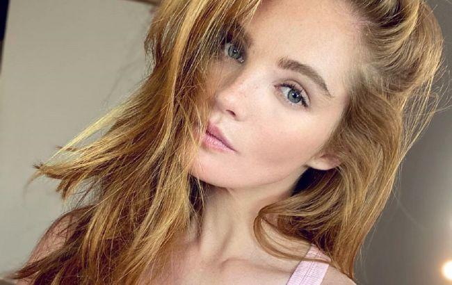 """Гола в душі: """"ангел"""" Victoria's Secret Алексіна Грем блиснула пружними сідницями на домашньому фото"""