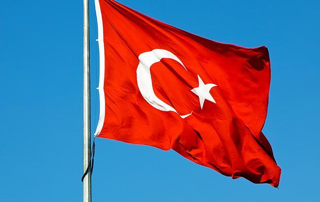 Фото: турецький прапор (almanar.com.lb)