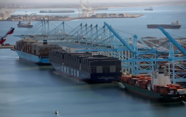 Фото: американська IT-компанія Amazon запрацює в порту Лос-Анджелеса (NYTimes)