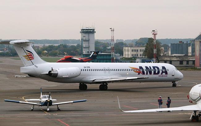 """Фото: літак компанії """"Anda Air"""" (anda-air.aero)"""