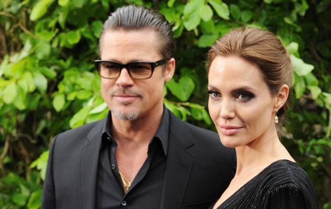 Фото: Брэд Питт и Анджелина Джоли (ladyindress.com.ua)