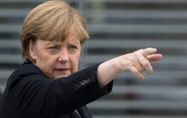 Меркель: Германии известно, кто ответствен за Холокост