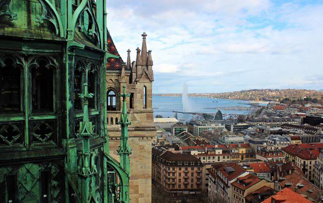 На уикенд в Женеву: по какой цене можно спланировать поездку в Швейцарию уже в августе