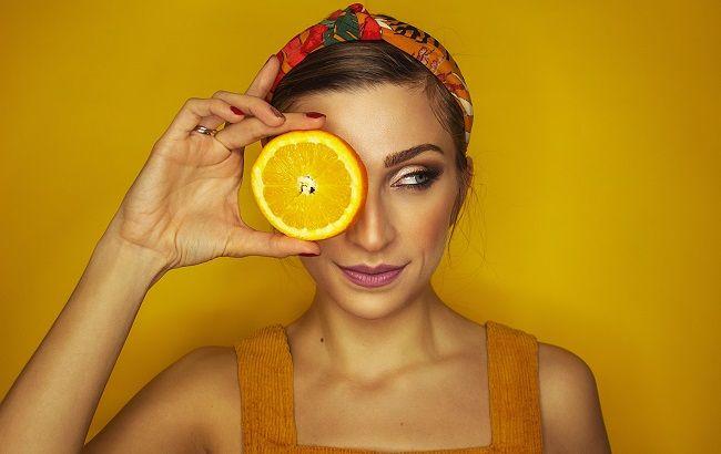 Диетолог указала на важность приема витаминов — обычного рациона недостаточно