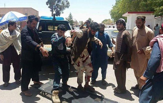Кількість жертв вибуху авто в Афганістані зросла