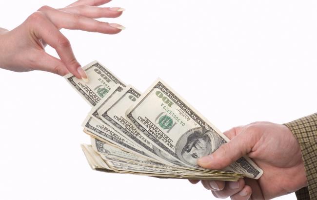 В Украине сегодня вступает в силу запрет на досрочное снятие депозитов
