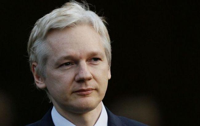 Руководитель Пентагона был против смягчения вердикта информатору WikiLeaks