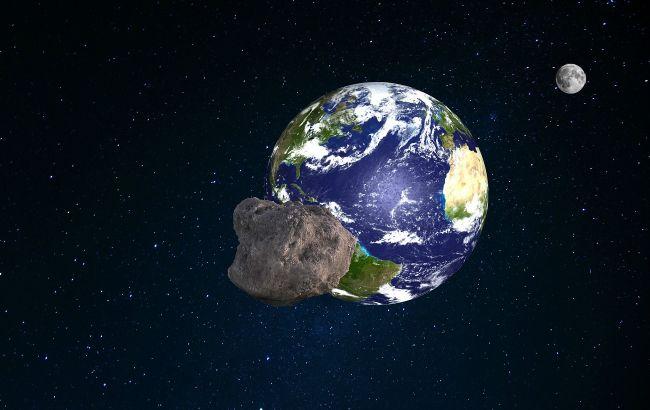К Земле на большой скорости приближается астероид длиной с футбольное поле: эксперты оценили риски