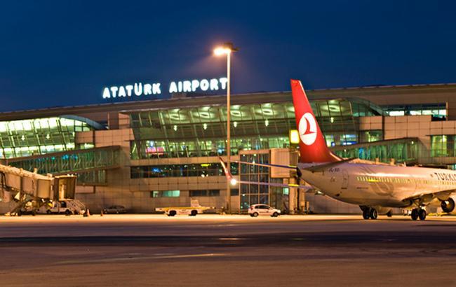В Стамбуле проверяют данные о двух бомбах на борту самолетов «Международных авиалиний Украины»