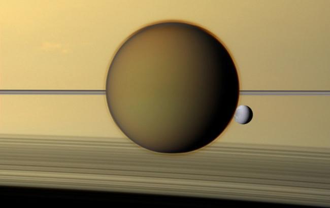Фото Сатурн и Диона (taringa.net)