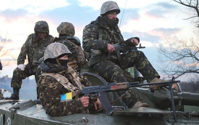 Фото: сили АТО на Донбасі