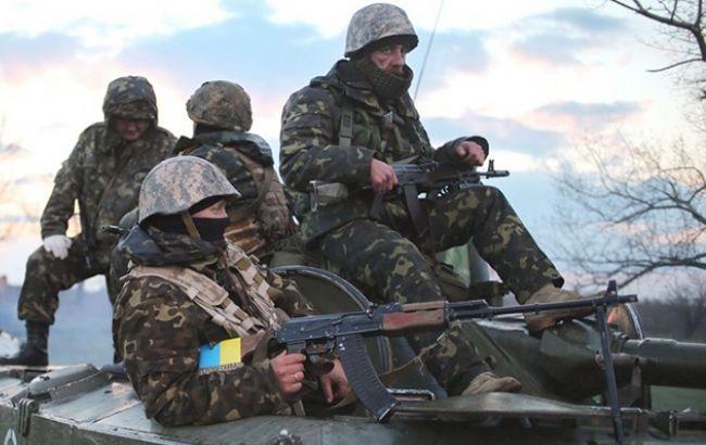 Штаб: всамом начале суток террористы 24 раза обстреляли силы АТО