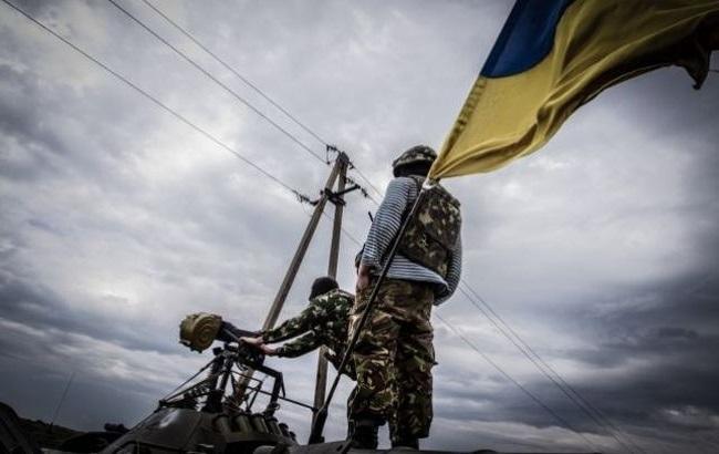 Фото: силы АТО подверглись обстрелы в Луганской области