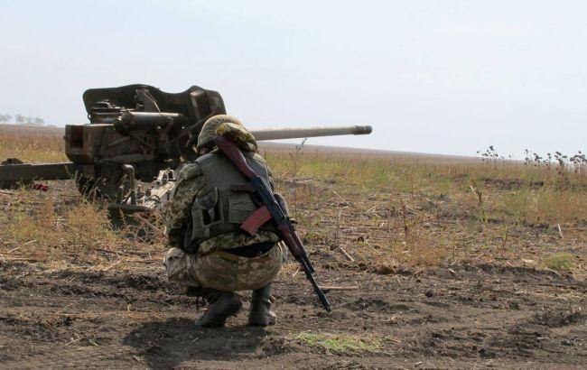 За добу на Донбасі загинули двоє українських військових, ще двоє поранені, - штаб АТО