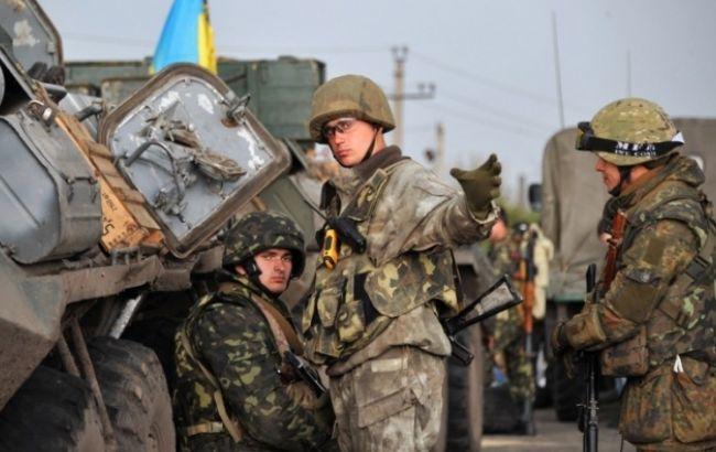За добу бойовики 48 раз обстріляли позиції ЗСУ на Донбасі