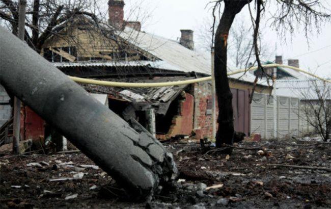 Фото: бойовики обстріляли житлові будинки