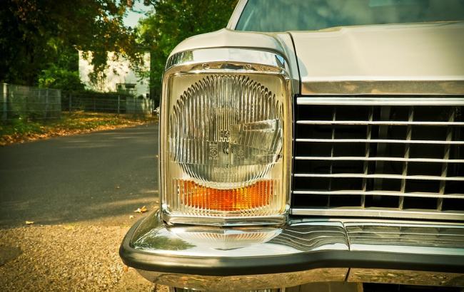 Фото: Авто провалилося під асфальт (pixabay.com/MichaelGaida)