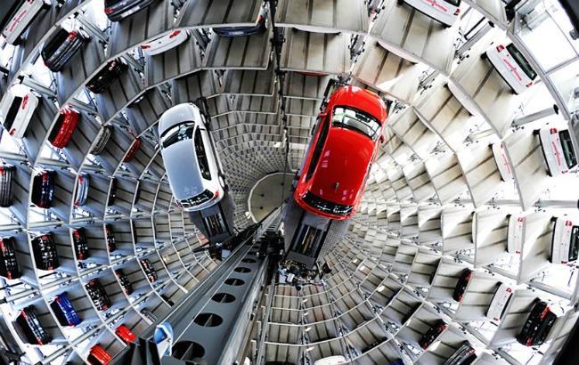 """Фото: представлена """"розумна"""" парковка (designboom.com)"""