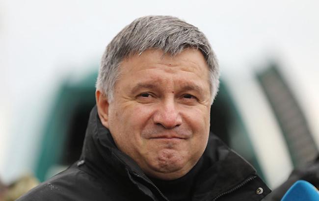 Зважаючи на посилення покарань і розширення повноважень правоохоронців, зростає роль МВС і самого міністра на наступних виборах (Фото: avakov.com)
