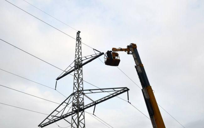 Російські окупанти не дають дозвіл на ремонт ЛЕП в Авдіївці, спеціалісти не можуть виїхати на місце