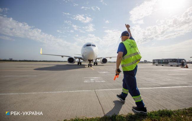 Кризис, лоукосты и рекордные пассажиропотоки: чем жили аэропорты Украины за 30 лет независимости