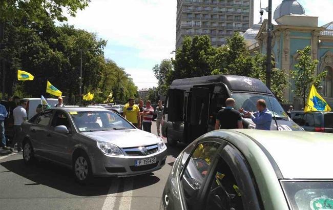 як в Україні намагаються легалізувати нерозмитнені автомобілі