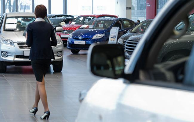 Продаж легкових авто вУкраїні впав на60%