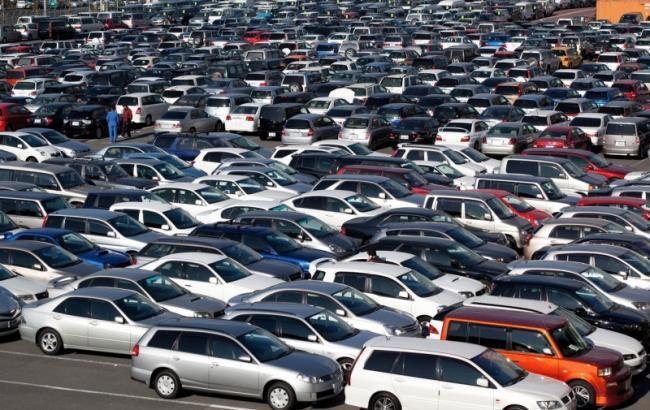 Фото: за розмитнення б/у автомобілів сплачено близько 270 млн гривень