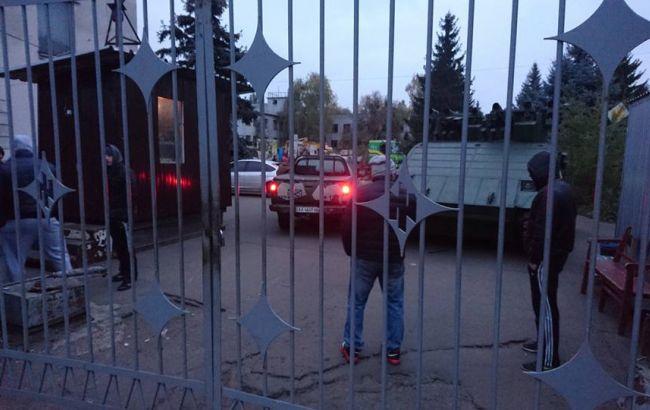 """Фото: одна из проходных завода """"АТЕК"""""""
