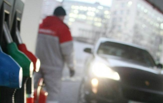 Фото: розничные продажи бензина значительно уменьшились