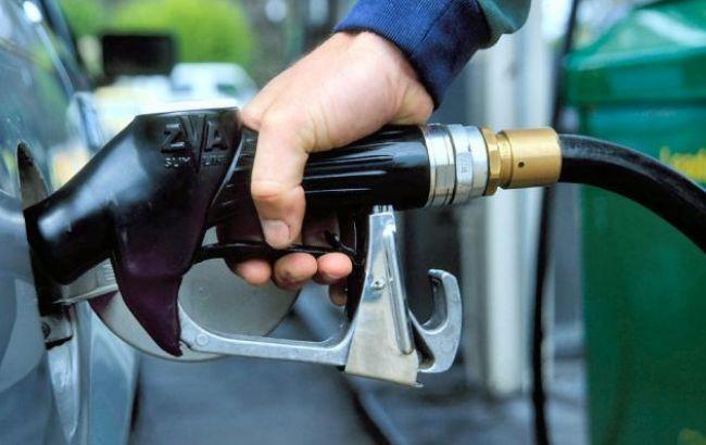 Фото: ціни на АЗС трохи подешевшали