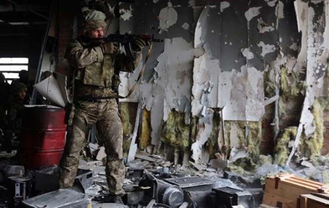 Сили АТО в донецькому аеропорту відбили всі сьогоднішні атаки бойовиків, - штаб