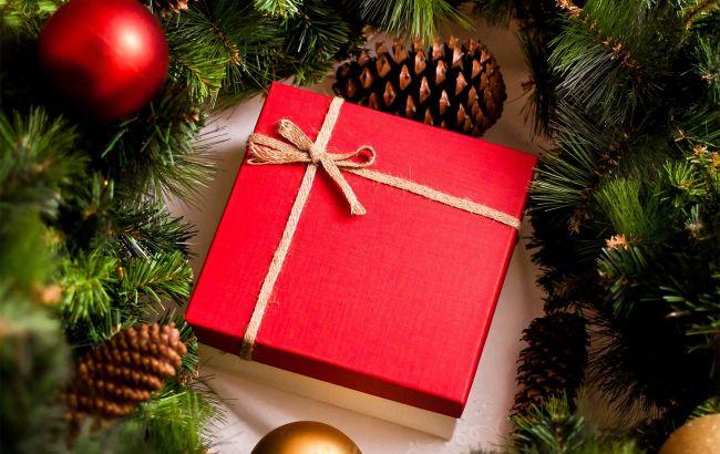 Новогодние подарки со скидками. Где выгодно покупать подарки?