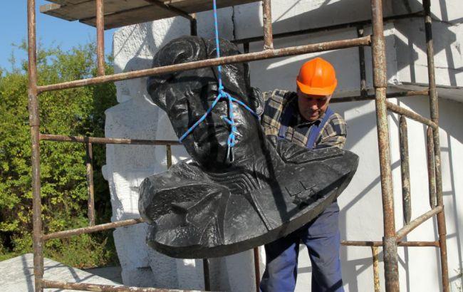 У Польщі демонтують понад 200 радянських пам'ятників