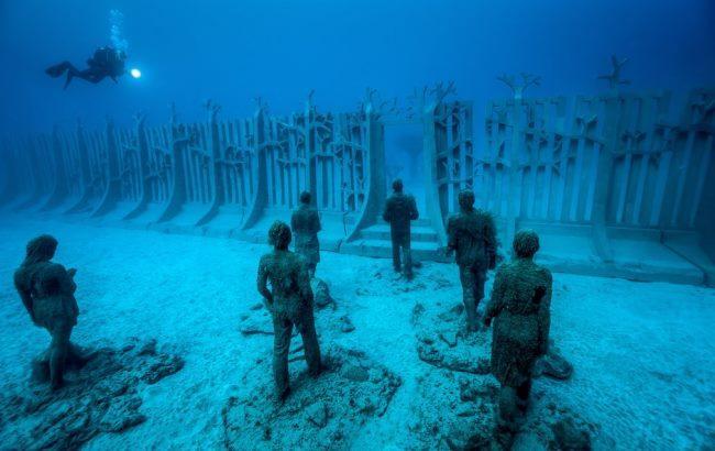 Фото: Повністю підводний музей Atlantico (thelocal.es)